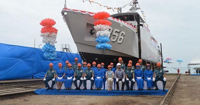 Kapal Perang Baru TNI Angkatan Laut Jenis Patroli Cepat (PC-40) Diluncurkan di Perairan Banten