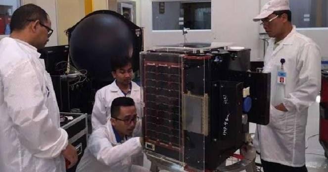 Malaysia Belajar Teknologi Pembuatan Satelit Indonesia