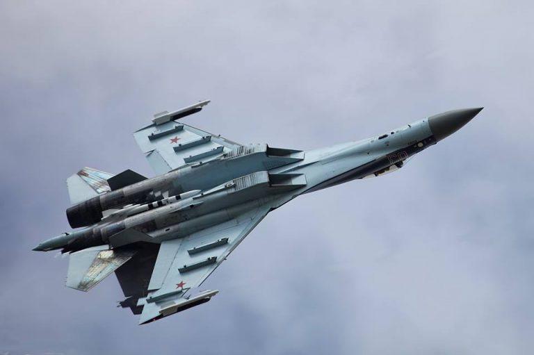 Begini Rasanya Jungkir Balik dengan Su-35