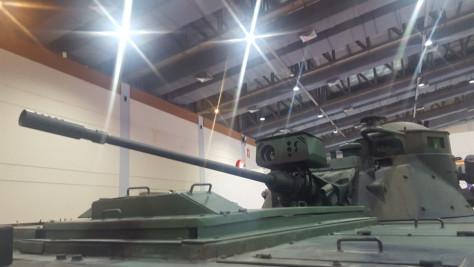 Panser kanon 20 mm PT Pindad (Ijal Lubis)
