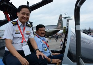 Panglima TNI Dianugerahi Bintang Kehormatan MSM Singapura