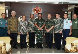 Panglima TNI Terima Kunjungan Panitia IKAHAN
