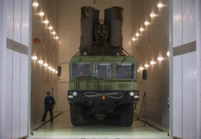 Dolar Jalan Terakhir, Rusia Alihkan Semua Kontrak Senjata Menggunakan Rubel