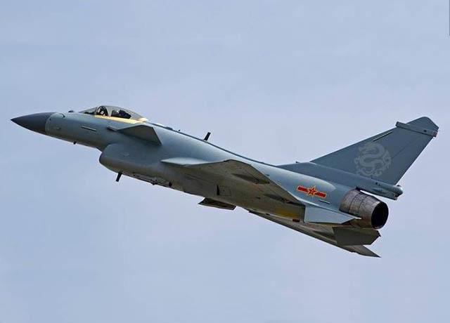 Keren, J-10B China Bisa Manuver Super Kobra