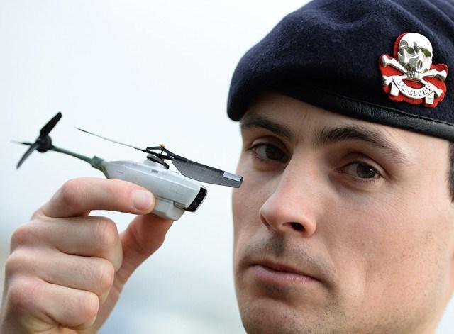 Teknologi di Balik Senjata Cerdas dan Drone Militer