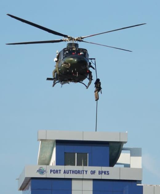 Latihan Marinir Serbu dari Langit Kuasai Pulau Sabang Aceh