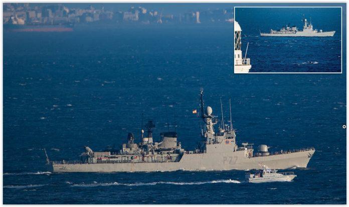Kapal Patroli Kecil AL Inggris Melakukan Pengusiran Terhadap Korvet Spanyol di Gibraltar